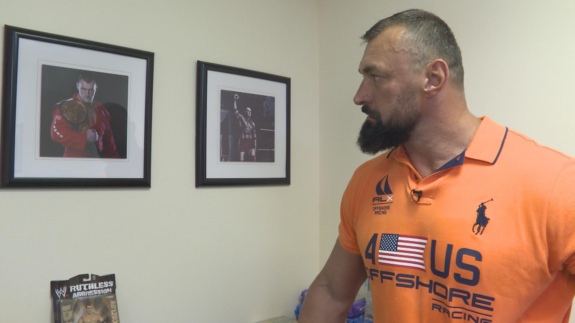 Vladimir Kozlov parle de son look après la WWE: Where Are They Now?