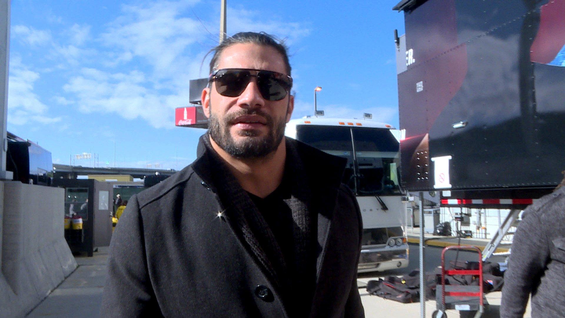 Roman Reigns déclare qu'il fera honneur à sa lignée historique ce soir: WWE.com Exclusive, 9 janvier 2017