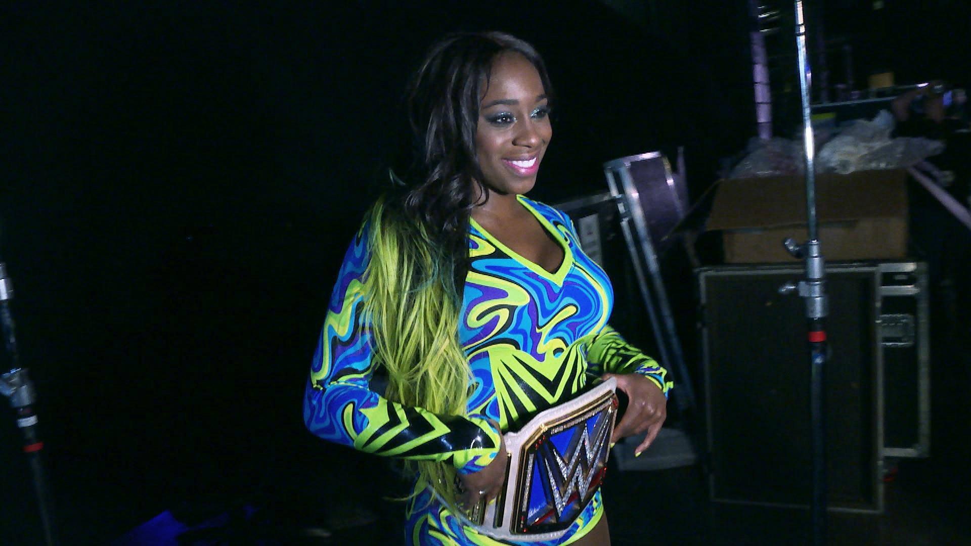 Nowa Mistrzyni Kobiet SmackDown Naomi świętuje swoje zwycięstwo: WWE.com Exclusive 12.02.17