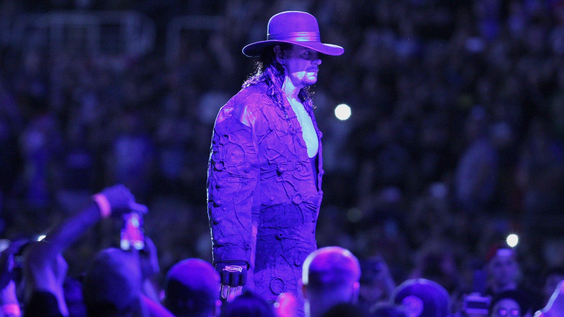 The Undertaker w swoim być może ostatnim wejściu na WrestleManię: WrestleMania 33 (WWE Network Exclusive)