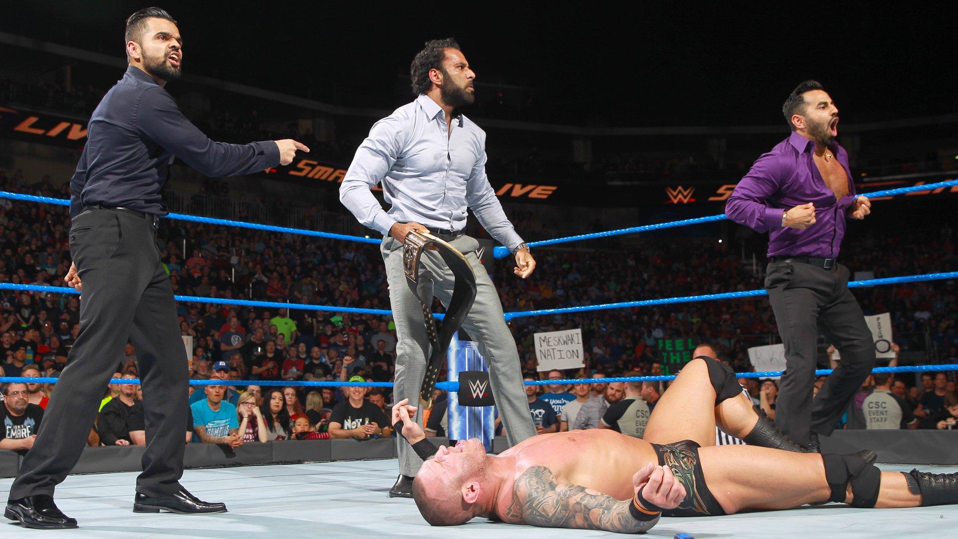 Jinder Mahal vole le titre de Champion de la WWE à Randy Orton: SmackDown LIVE, 25 avril 2017