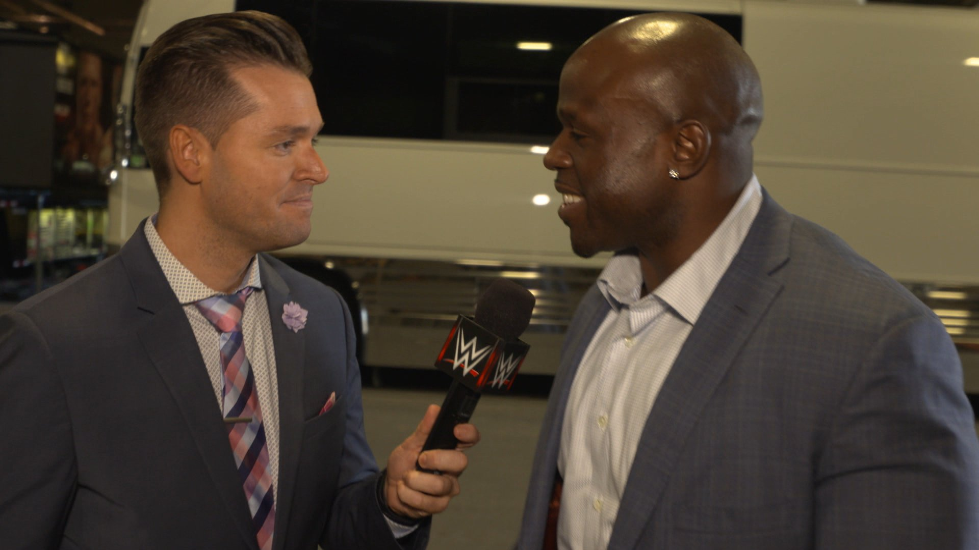 Apollo Crews pojawia się na Raw: WWE.com Exclusive 10.04.17