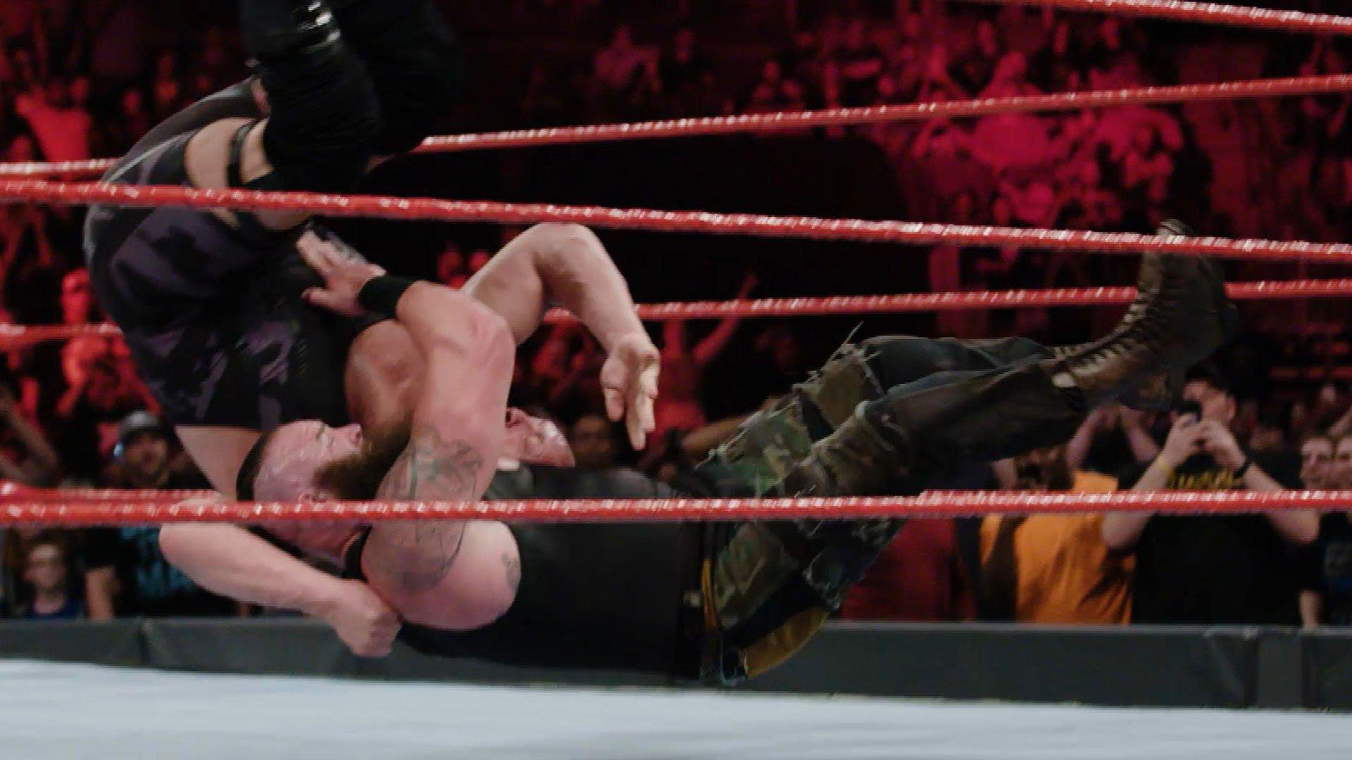 Niesamowite zwolnione tempo starcia Braun Strowman vs. Big Show: WWE.com Exclusive 17.04.17