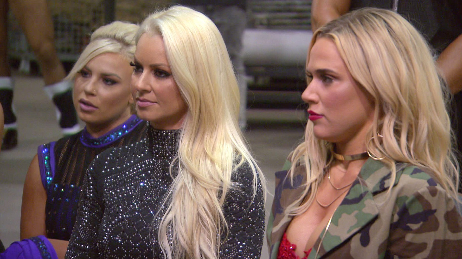 Lana reçoit une surprise malvenue pendant le WWE Brand Extension Draft: Total Divas, 5 avril 2017