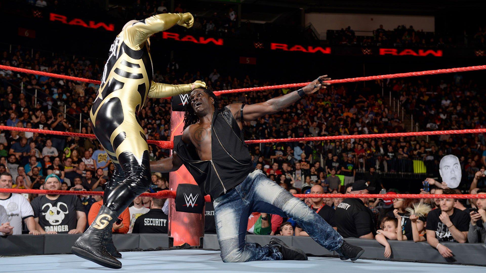 Goldust nakręca R-Trutha: Raw 15.05.17