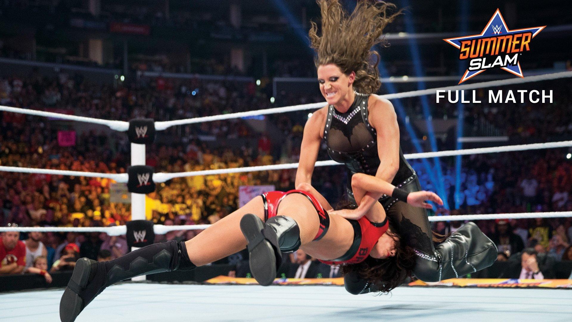 Wwe Stephanie Mcmahon Vs Brie Bella