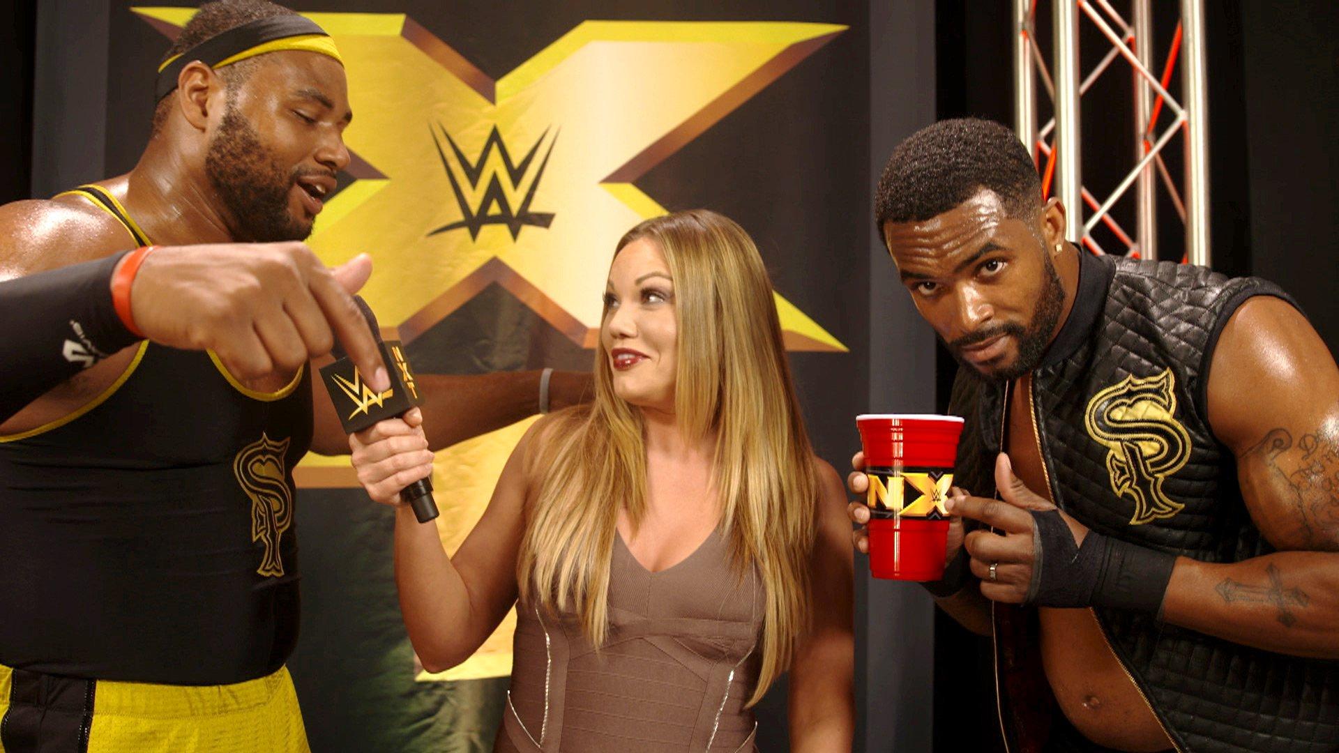 Street Profits świętują wygraną w NXT: WWE.com Exclusive 09.08.17