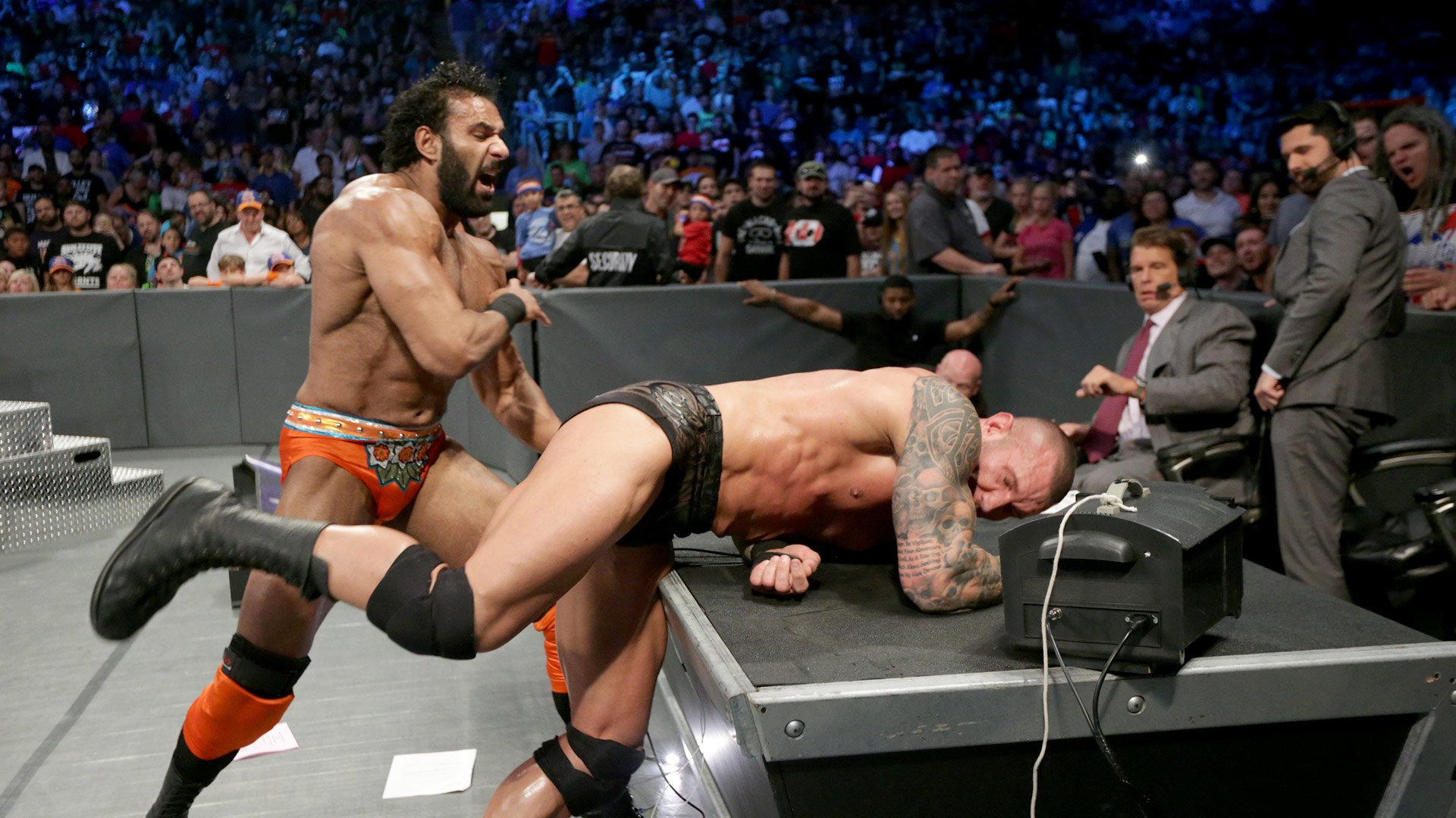 Randy Orton vs. Jinder Mahal: SmackDown LIVE 08.08.17