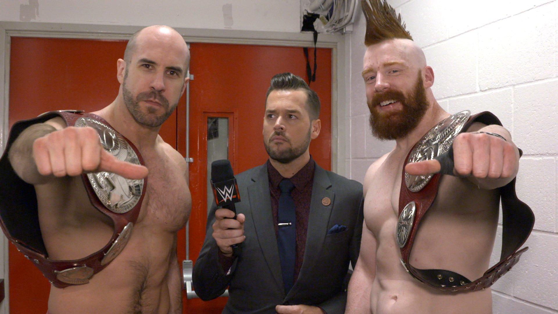Cesaro & Sheamus célèbrent leur victoire de Championnat par Équipes de Raw: Exclusivité WWE.fr, 6 Novembre 2017.