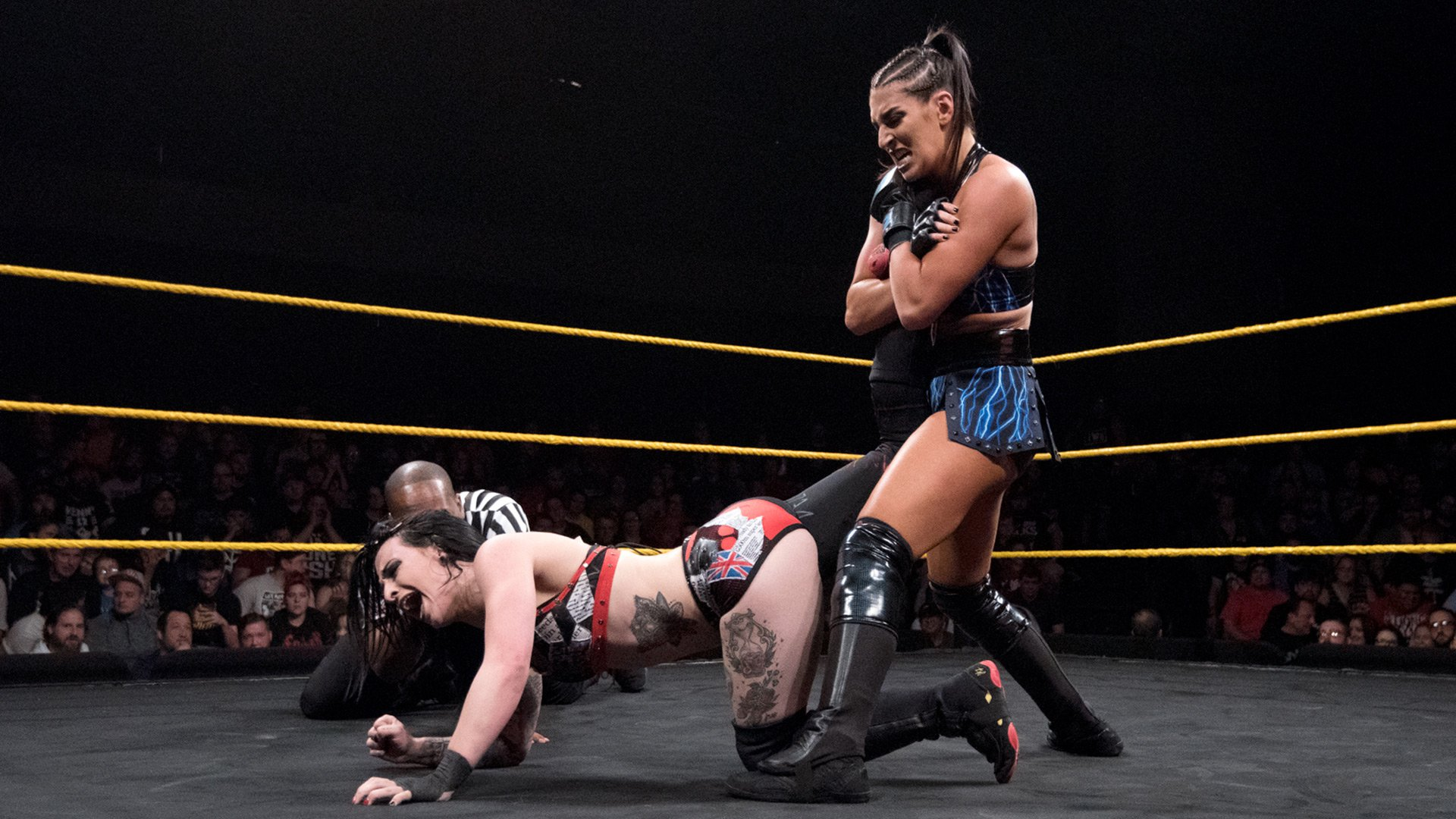 Ruby Riott vs. Sonya Deville - Match No Holds Barred: WWE NXT, 6 Décembre 2017.