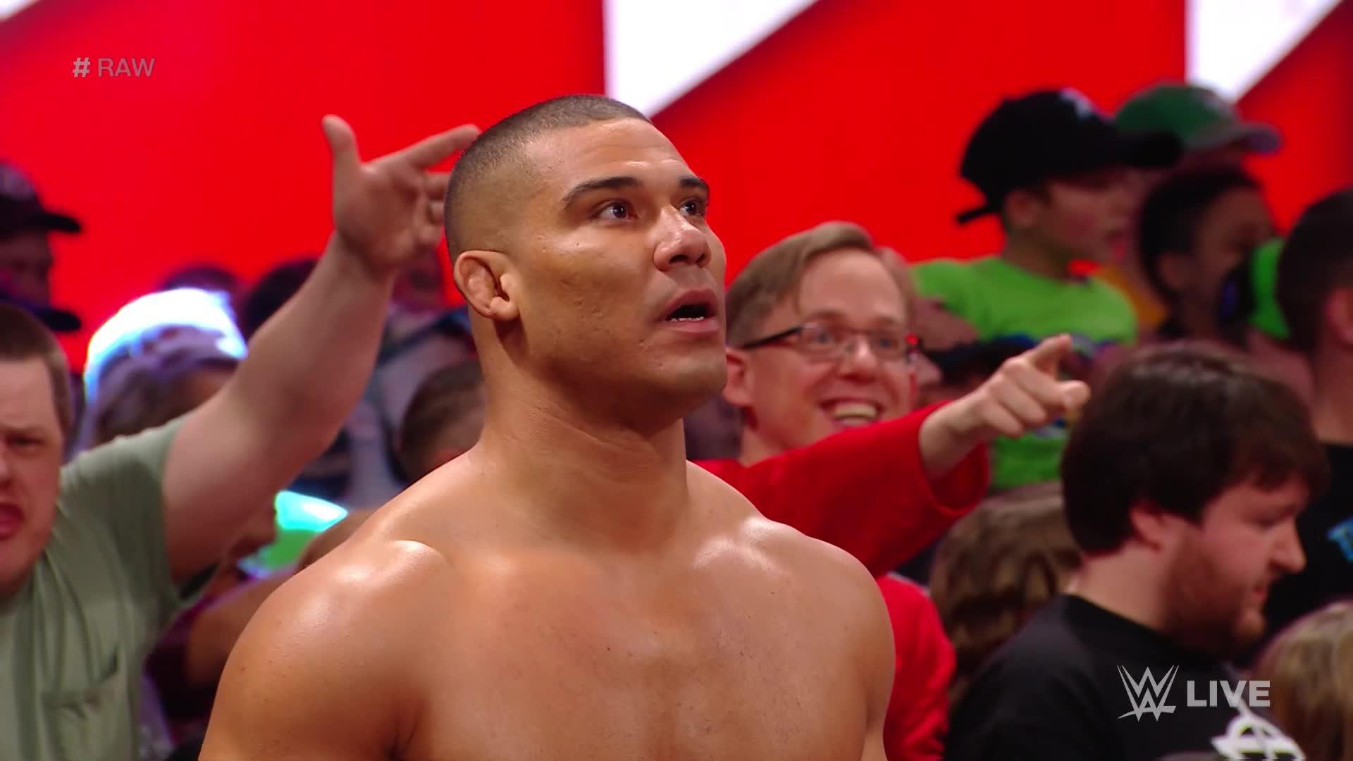 Cesaro & Sheamus vs. Roman Reigns & Seth Rollins - Match pour les Titres par Équipes de Raw: Raw, 5 Février 2018.