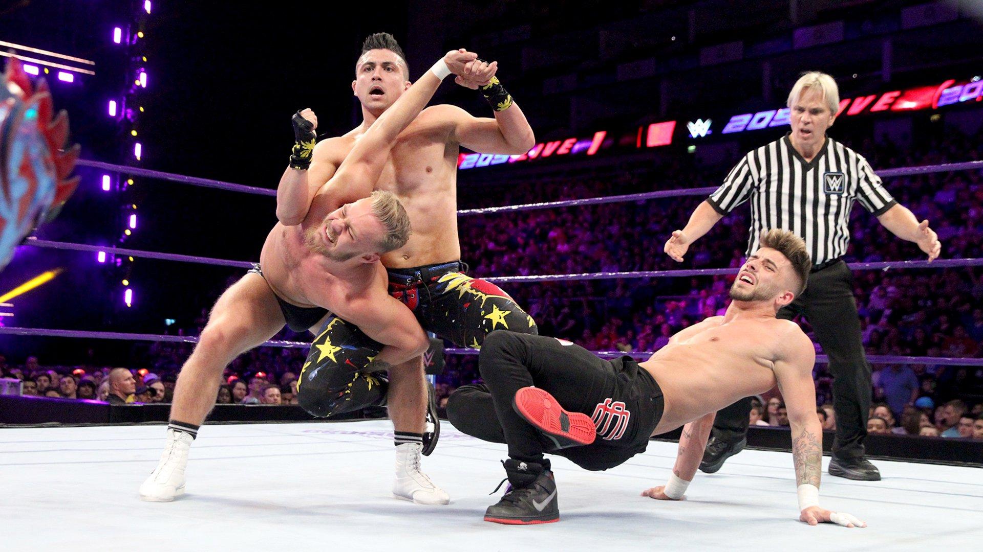 Kalisto vs. Tyler Bate vs. TJP vs. Kenny Williams - Fatal 4-Way Match: WWE 205 Live, 15 Mai 2018