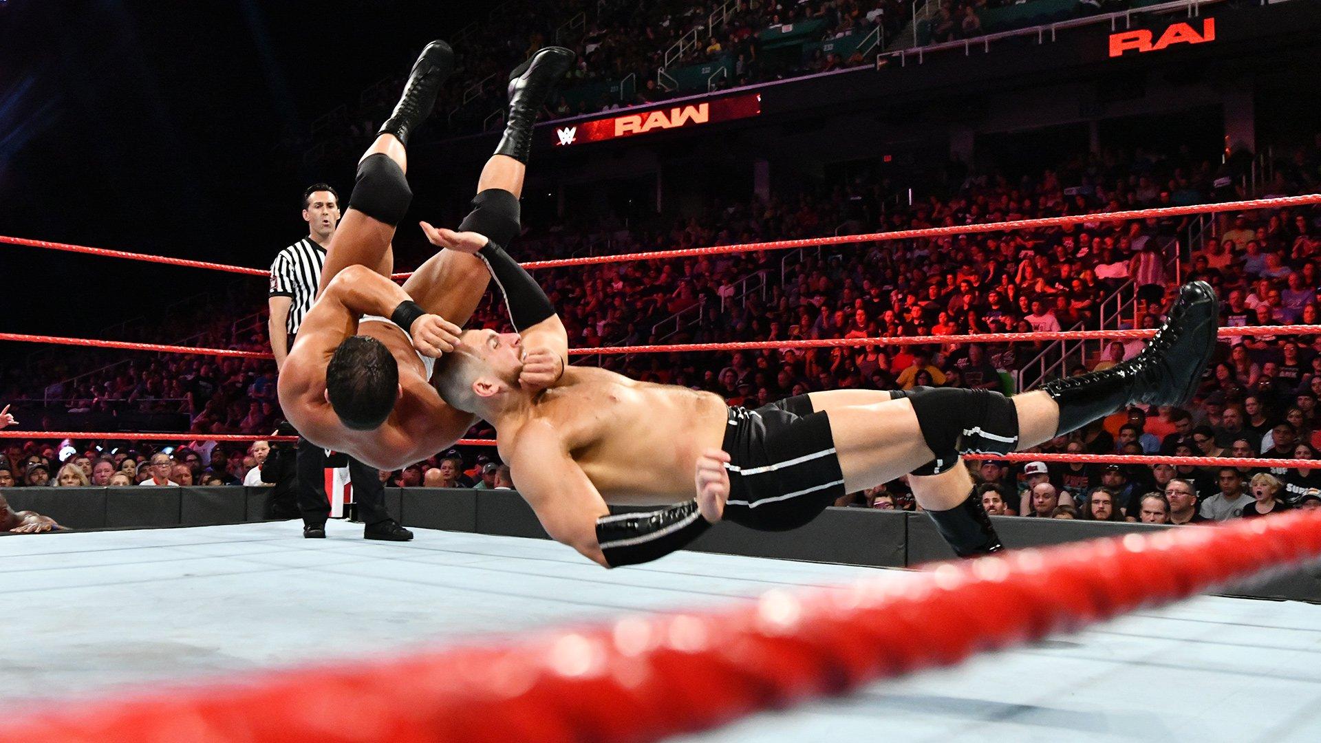 Bobby Roode & Titus Worldwide vs. Mojo Rawley & The Authors of Pain: Raw, 13 Août 2018
