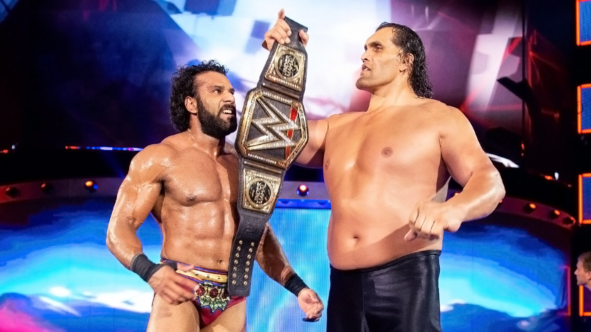 5 incroyables retours par hasard de Superstars: WWE List This!