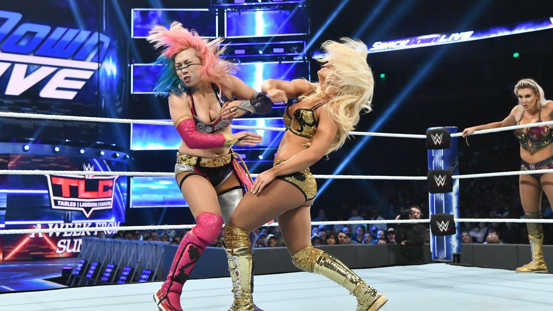 Charlotte Flair & Asuka vs. Mandy Rose & Sonya Deville: SmackDown LIVE, 4 Décembre 2018