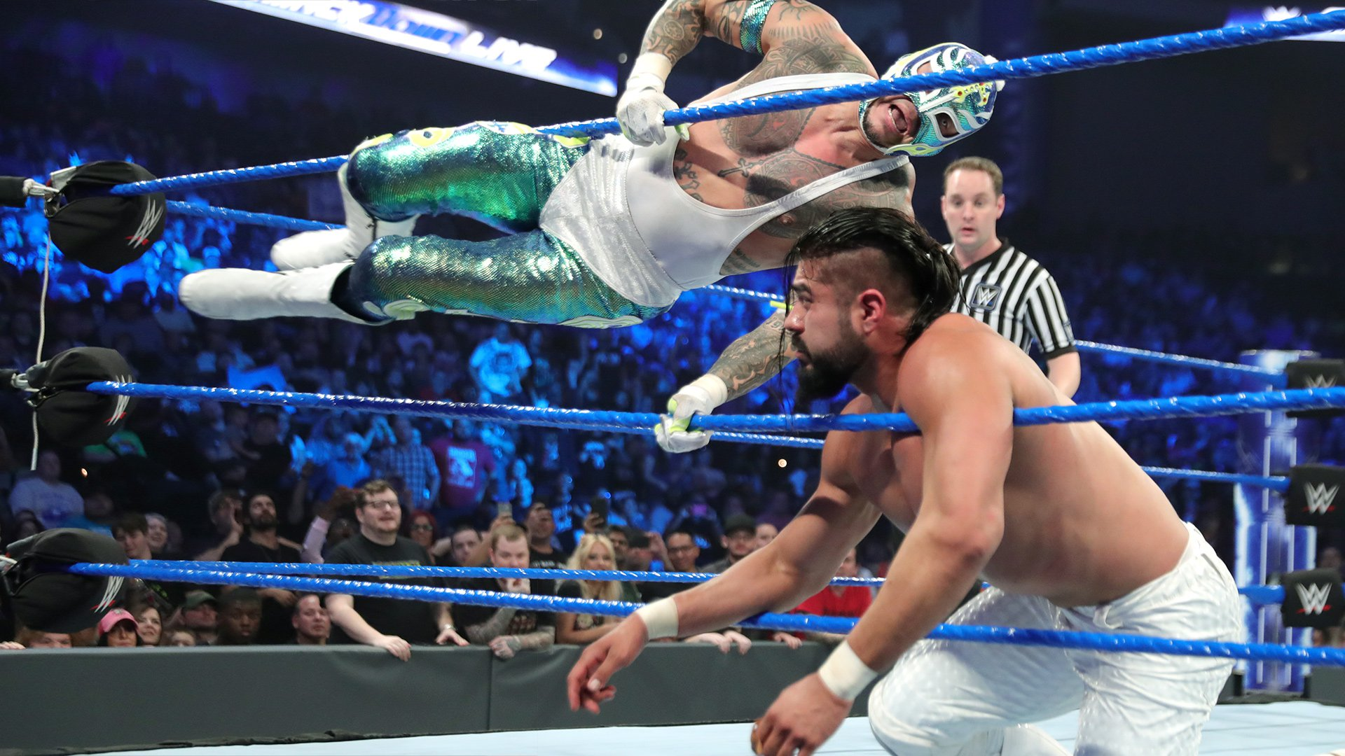 "Rey Mysterio & Mustafa Ali vs. Samoa Joe & Andrade ""Cien"" Almas: SmackDown LIVE, 8 Janvier 2019"