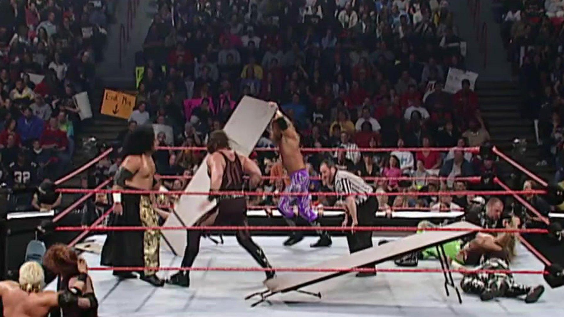 Resultado de imagem para Dudley Boyz vs Brothers of Destruction vs Edge and Christian
