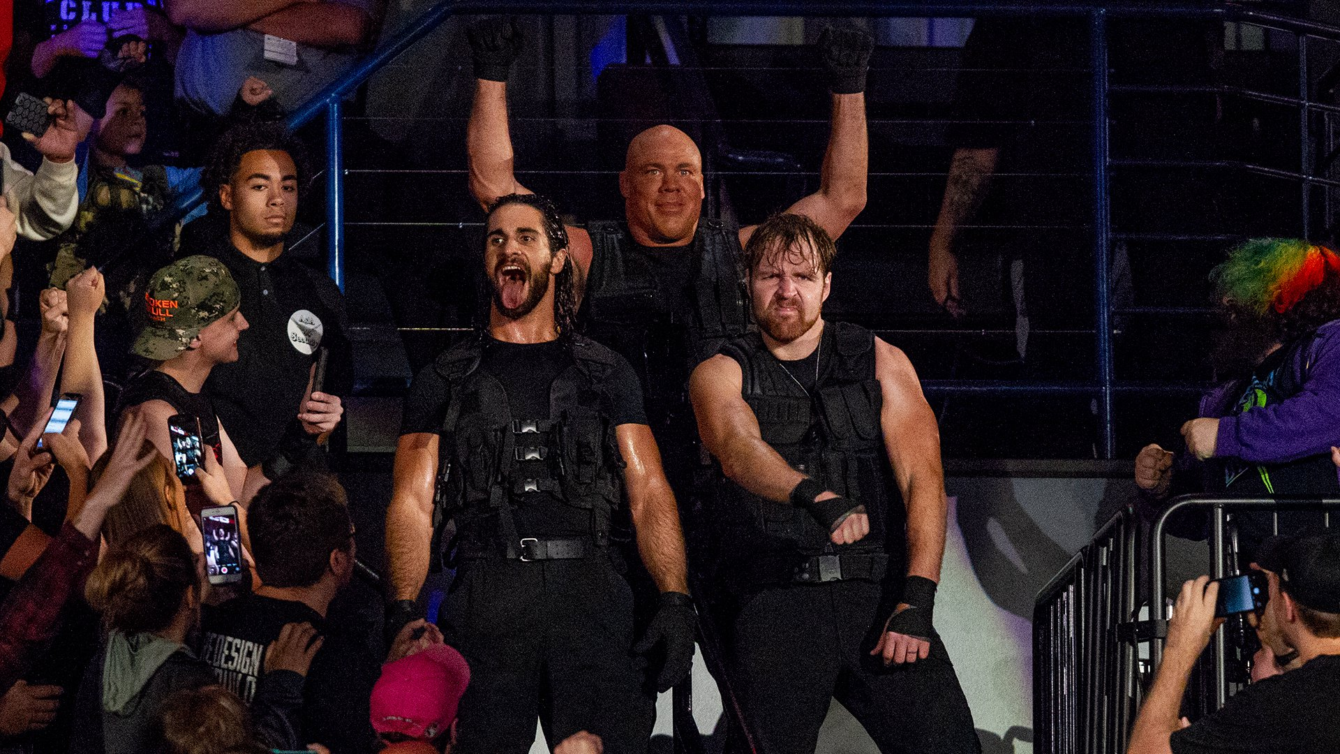 Kurt Angle rejoint The Shield pour un Match de Tables, Ladders & Chairs Handicap 3 contre 5: WWE TLC 2017
