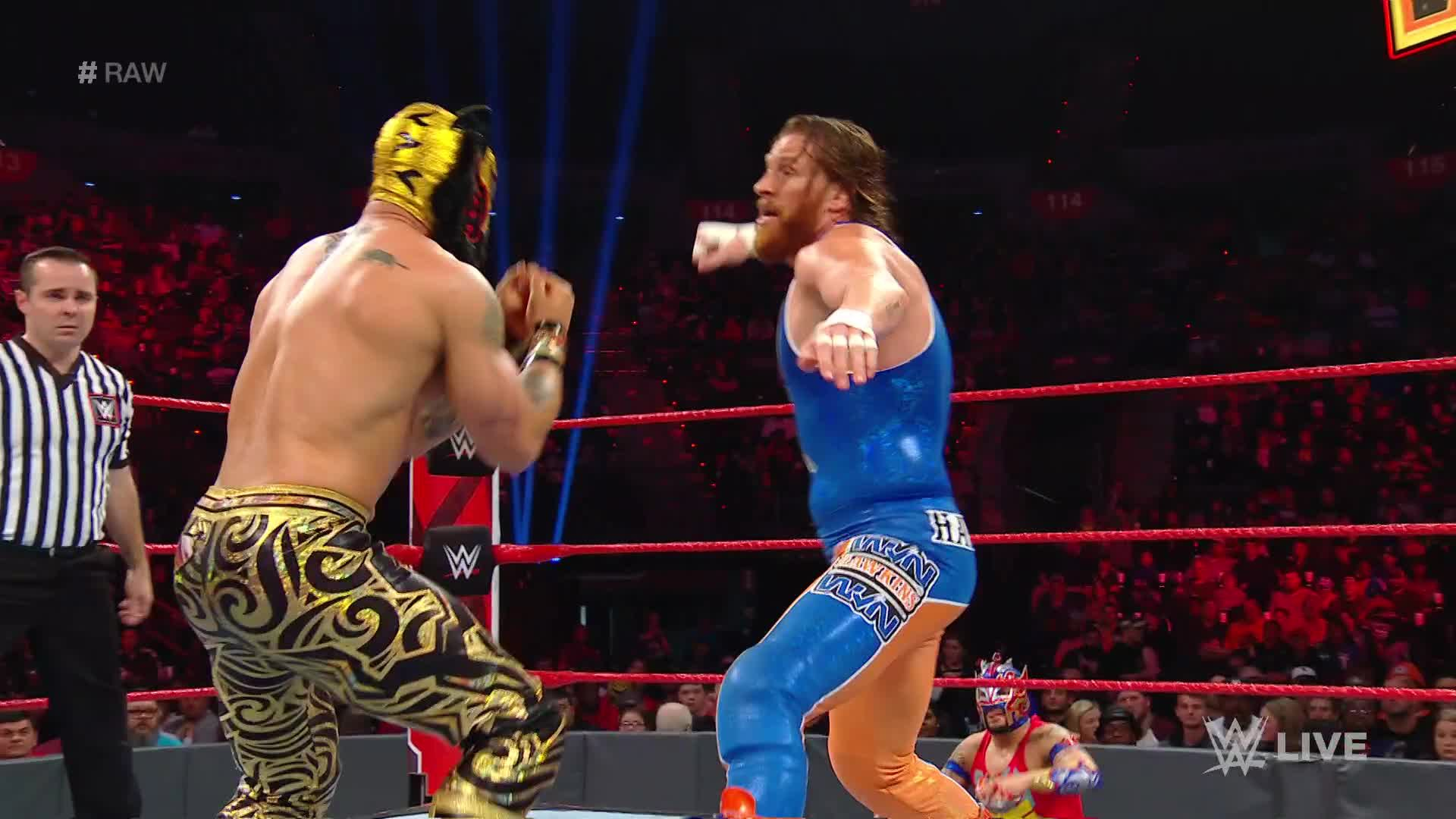 Zack Ryder & Curt Hawkins vs. Lucha House Party: Raw, 18 Fev, 2019