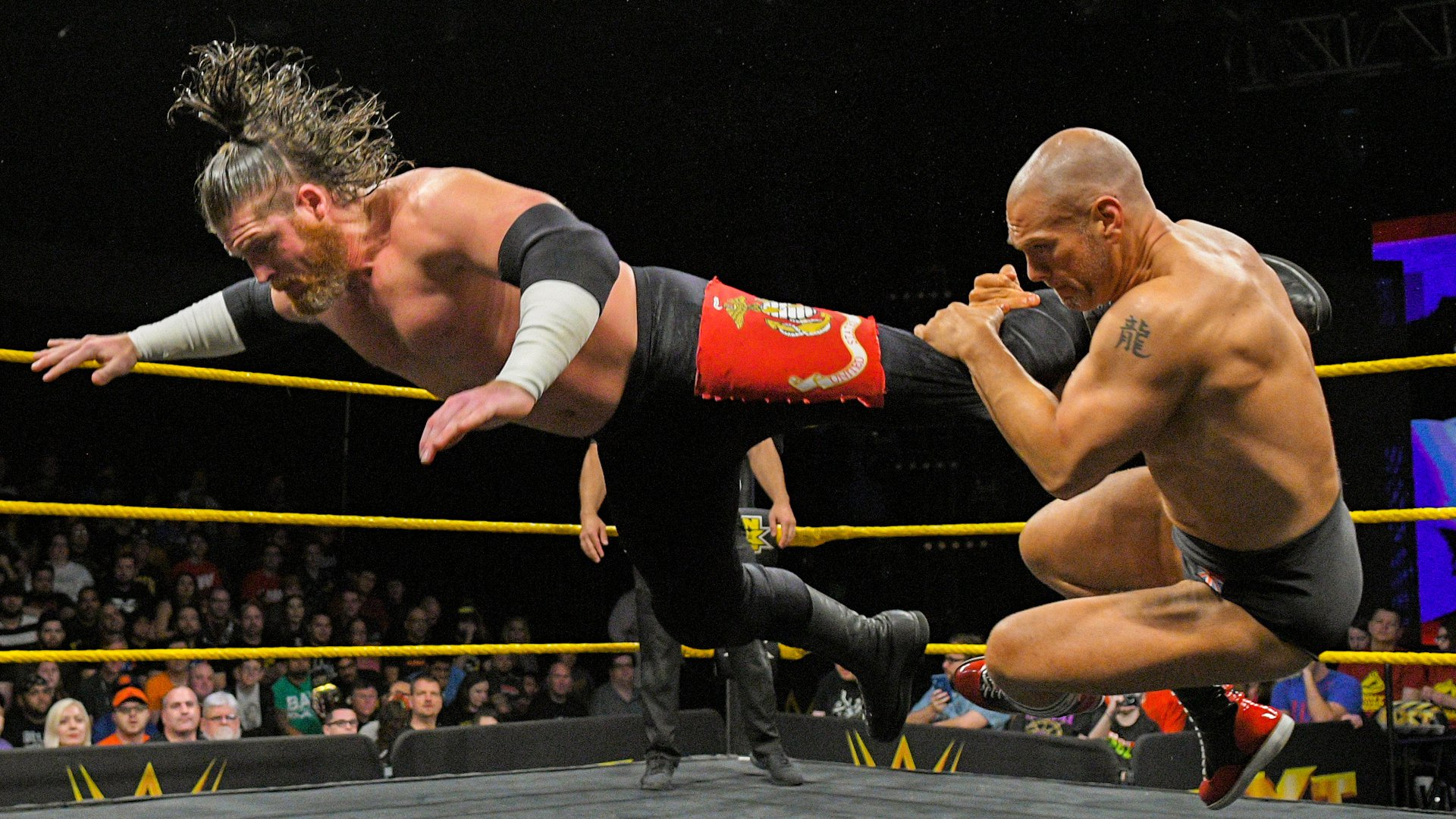Oney Lorcan & Danny Burch vs. Forgotten Sons: Premier Tour du Dusty Rhodes Tag Team Classic: WWE NXT, 6 Mars 2019