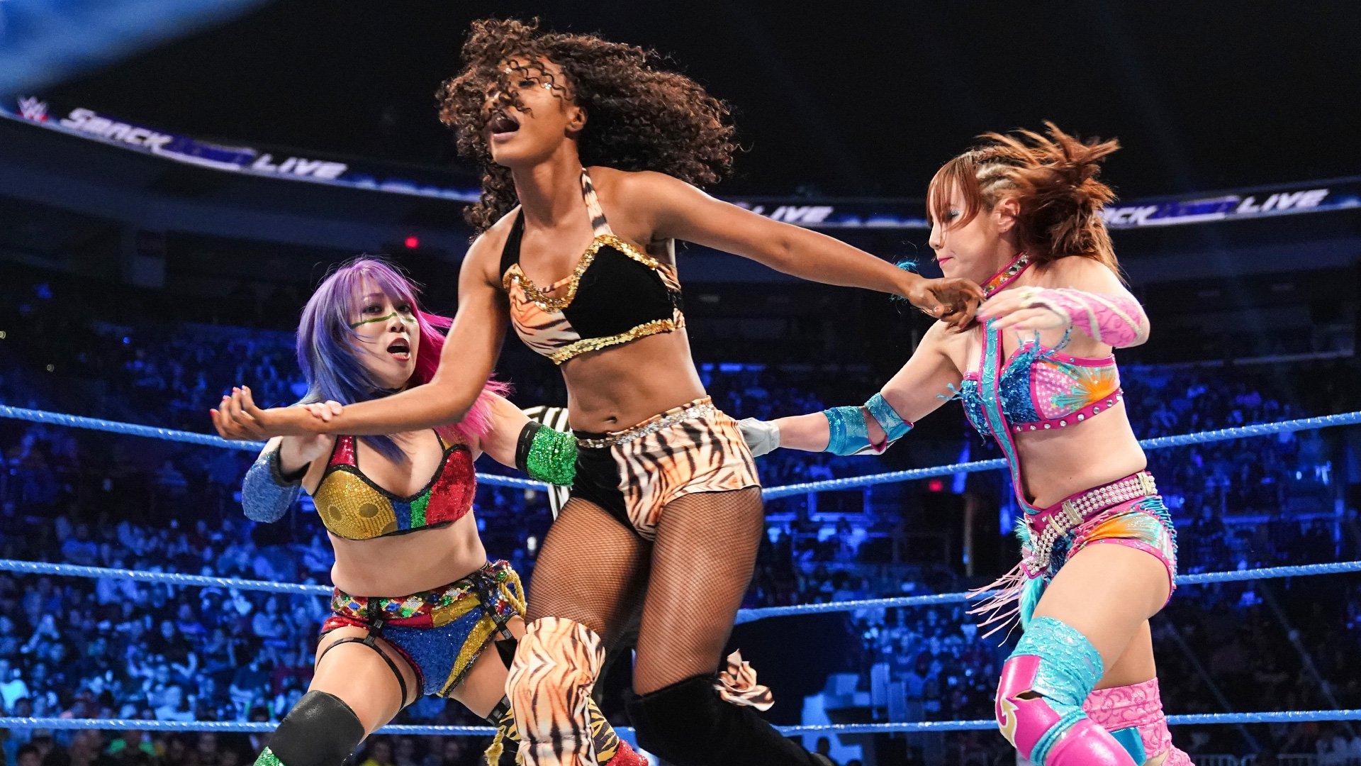 Kairi Sane & Asuka vs. Compétitrices locales : SmackDown LIVE, 30 Avril 2019