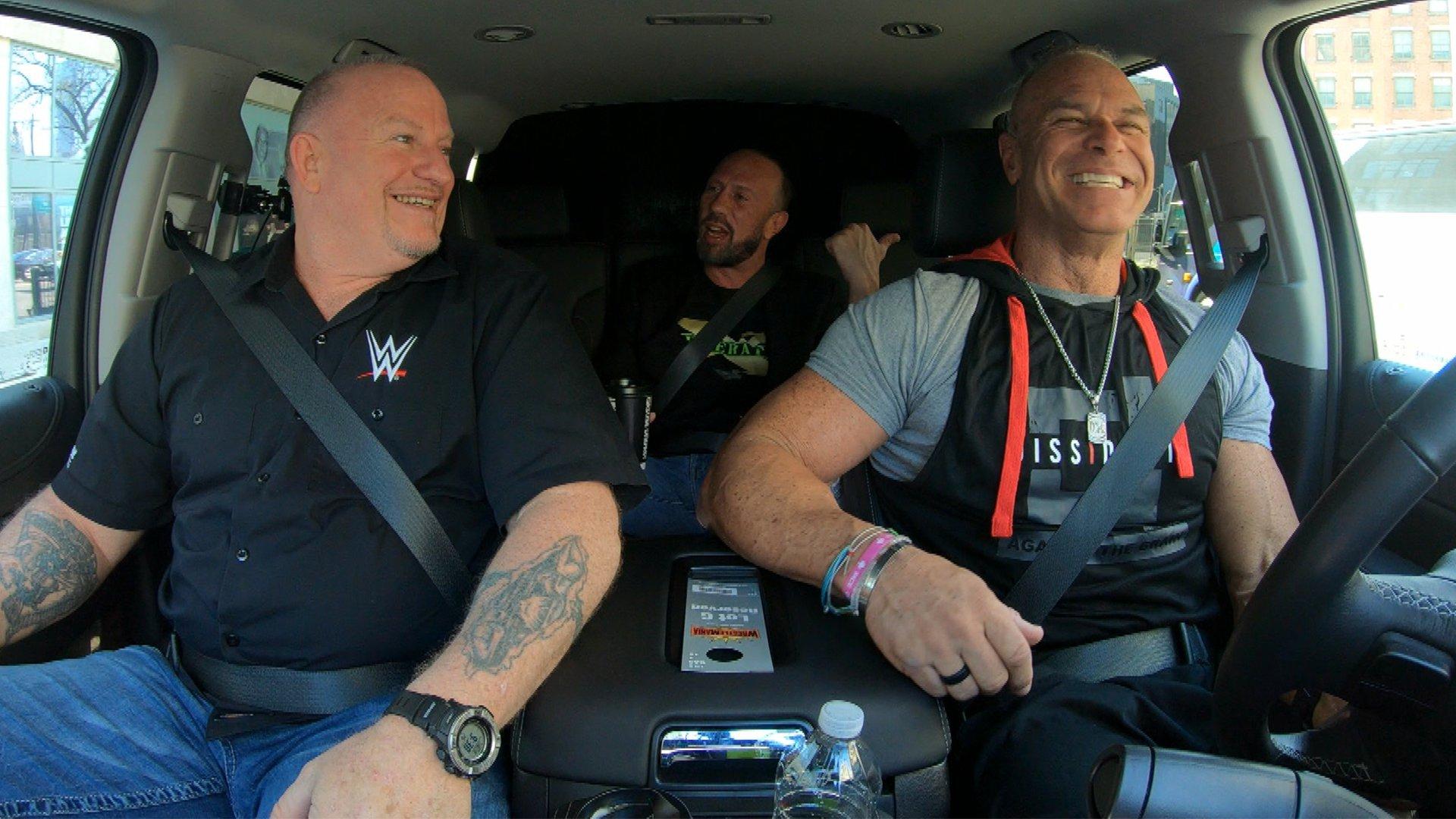 DX essaient de trouver le MetLife Stadium dans WWE Ride Along (Exclusivité WWE Network)
