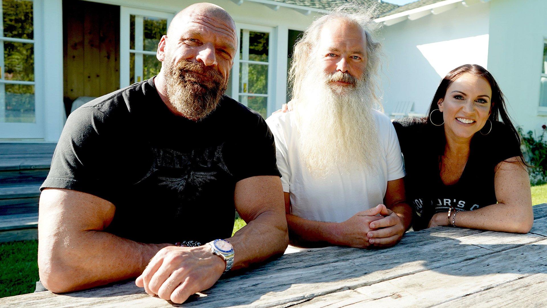 The Game rencontre l'icône de la musique Rick Rubin à Malibu: Triple H et sa Road to WrestleMania