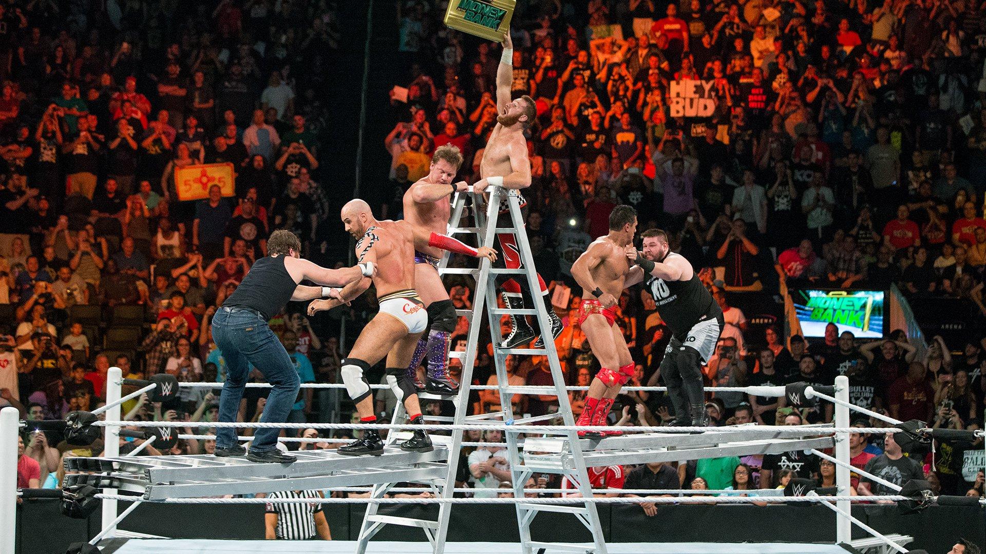 Match de l'échelle Money in the Bank pour un contrat pour le Titre World Heavyweight: WWE Money in the Bank 2016 (Match Intégral - Exclusivité WWE Network)