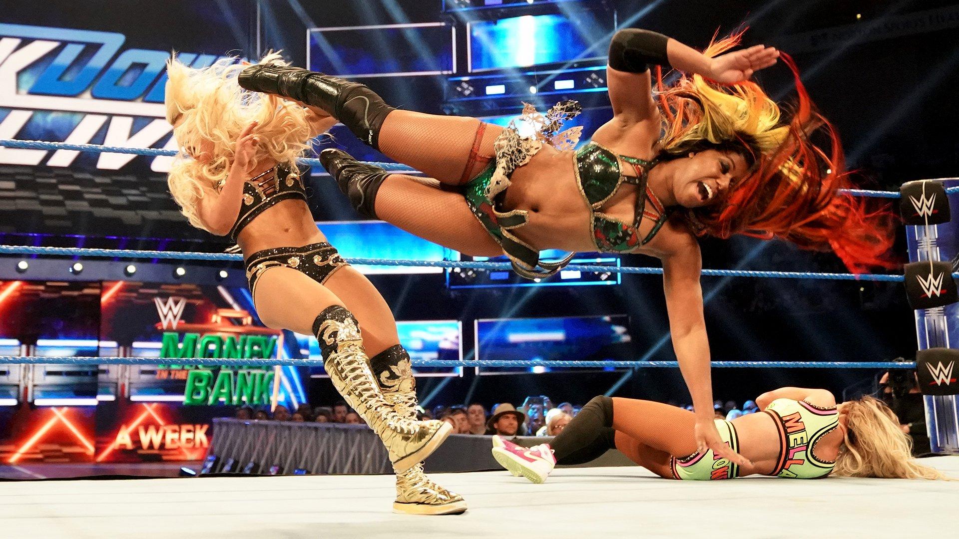 Ember Moon & Carmella vs. Mandy Rose & Sonya Deville: SmackDown LIVE, 7 Mai 2019
