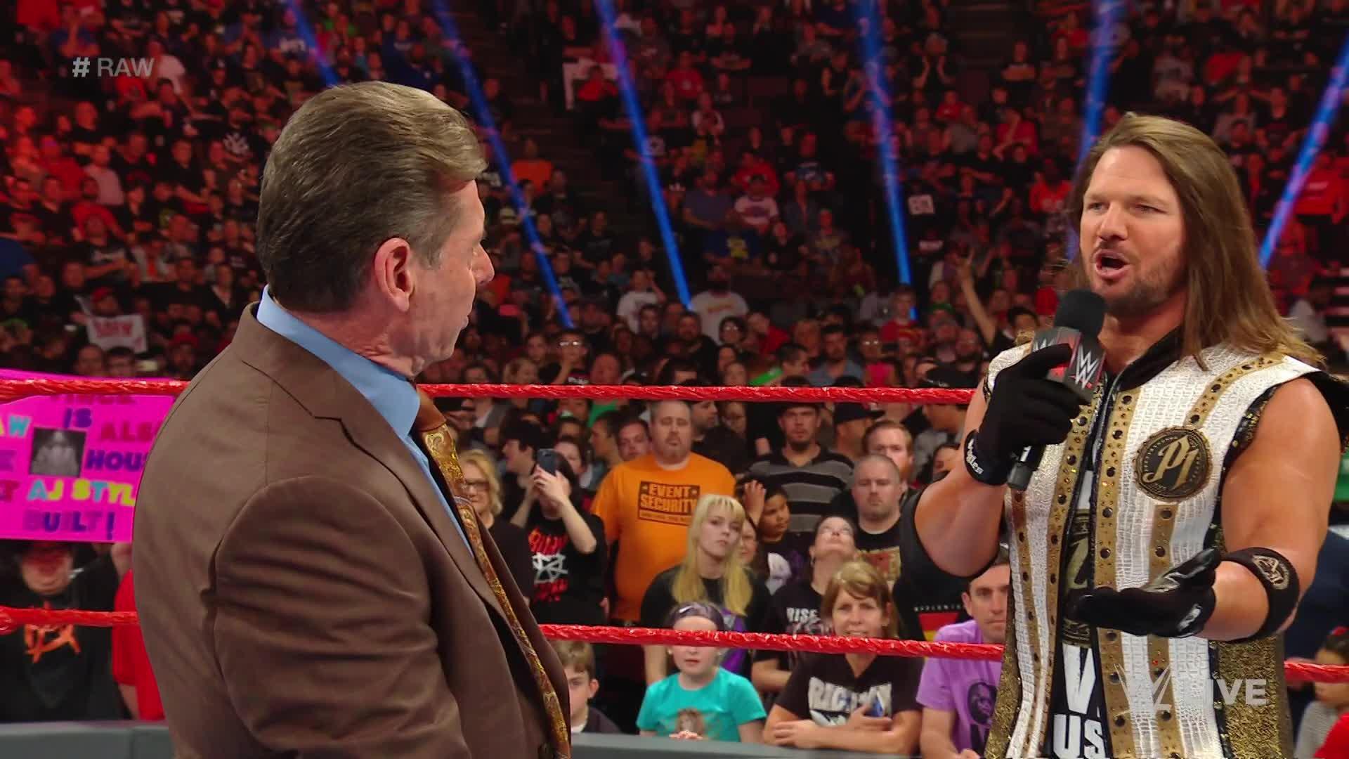 Mr. McMahon force Seth Rollins et AJ Styles à faire équipe: Raw, 6 Mai 2019