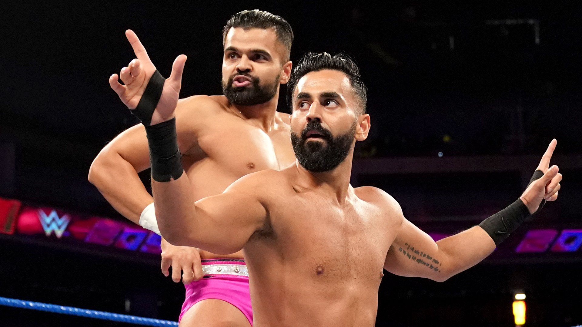 The Singh Brothers vs. Dos Locales: WWE 205 Live, 11 Juin 2019