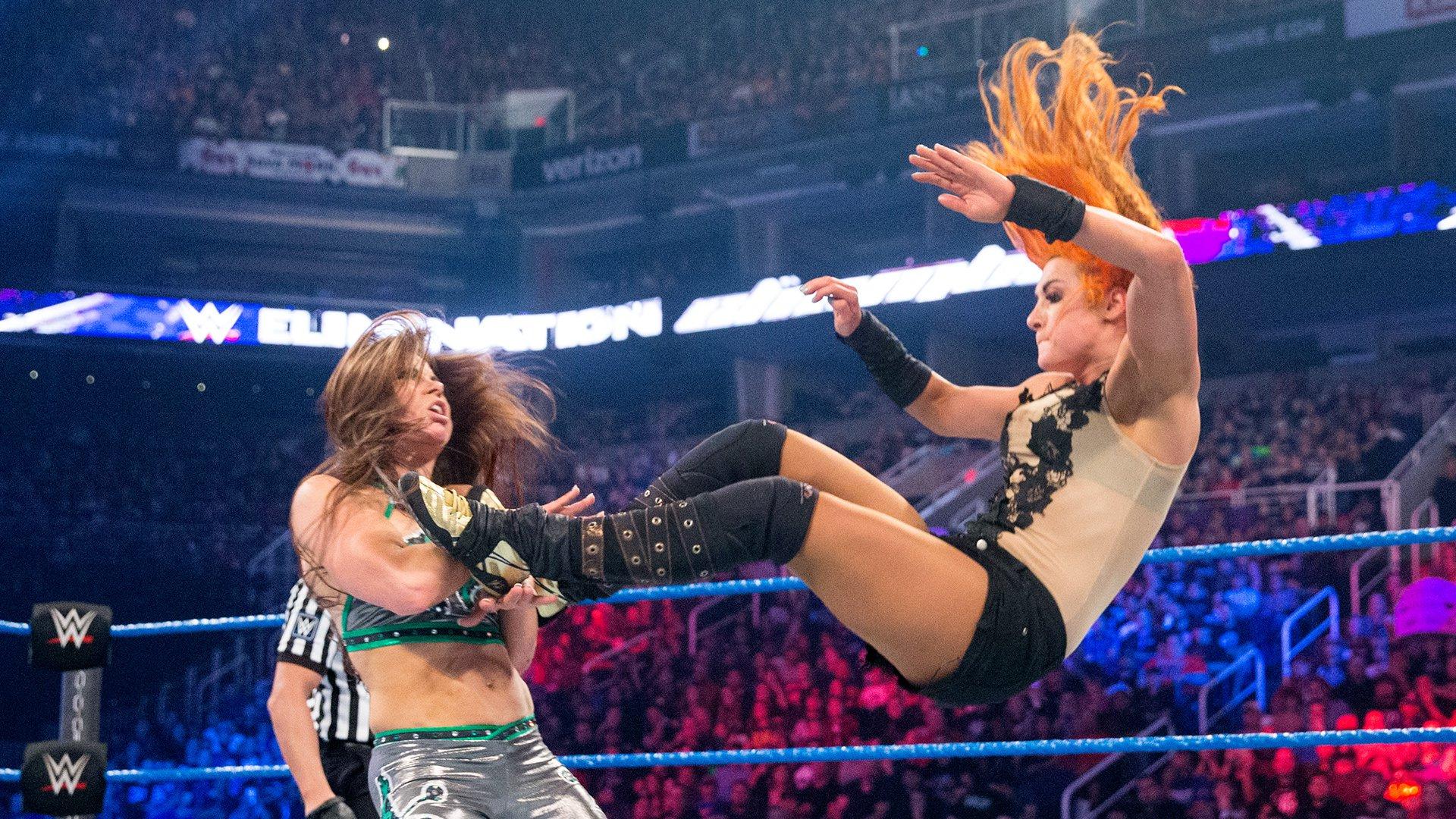Becky Lynch vs. Mickie James: WWE Elimination Chamber 2017 (Match Intégral)