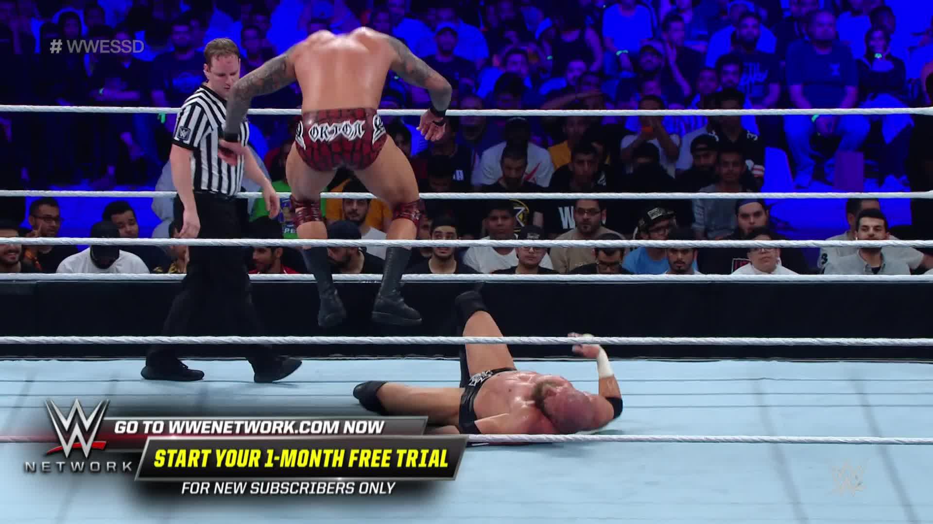 Randy Orton attaque Triple H sans merci: WWE Super ShowDown 2019