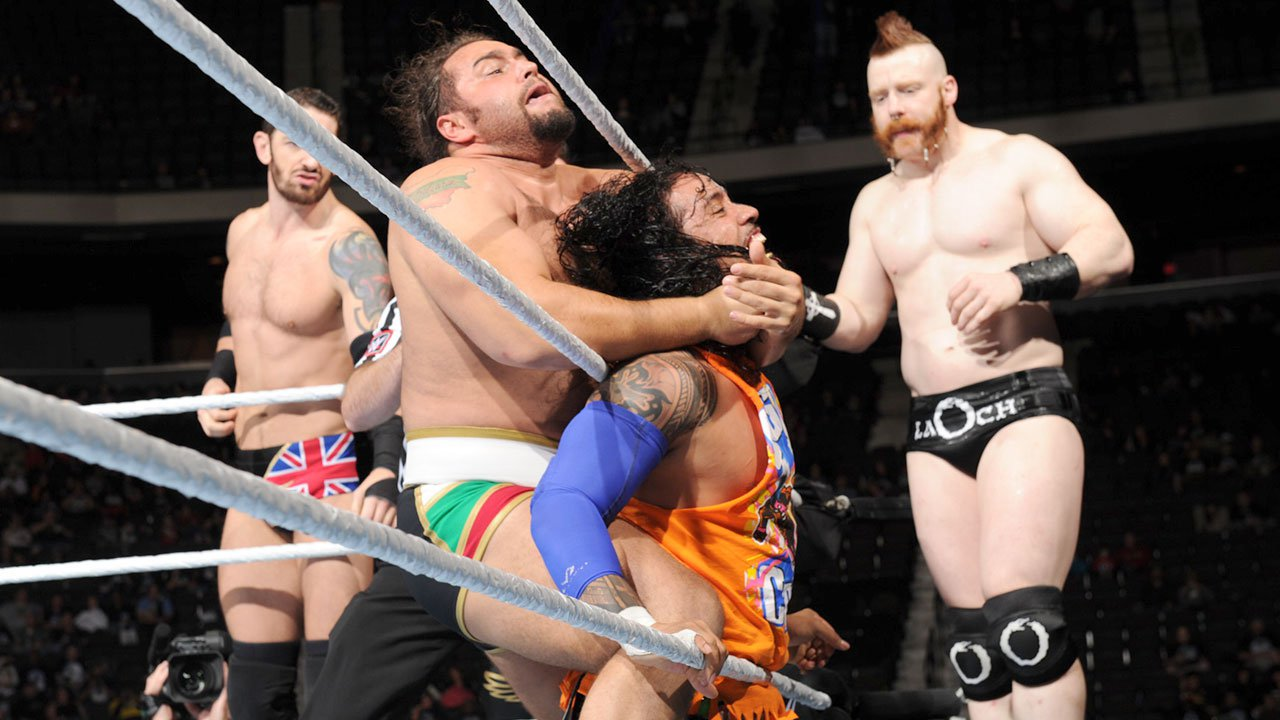 Wwe Smackdown Results Dec 10 2015 Reigns Ambrose The Usos Downed The League Of Nations En Route To Wwe Tlc Wwe