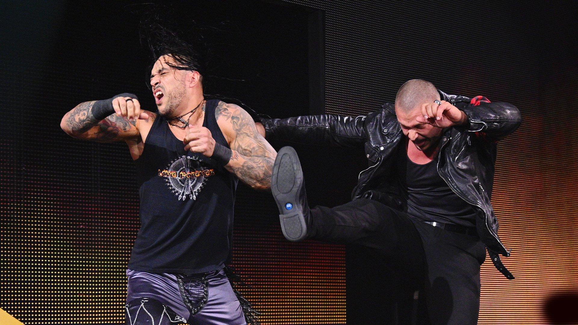 Damian Priest set for powerhouse collision with Karrion Kross | WWE