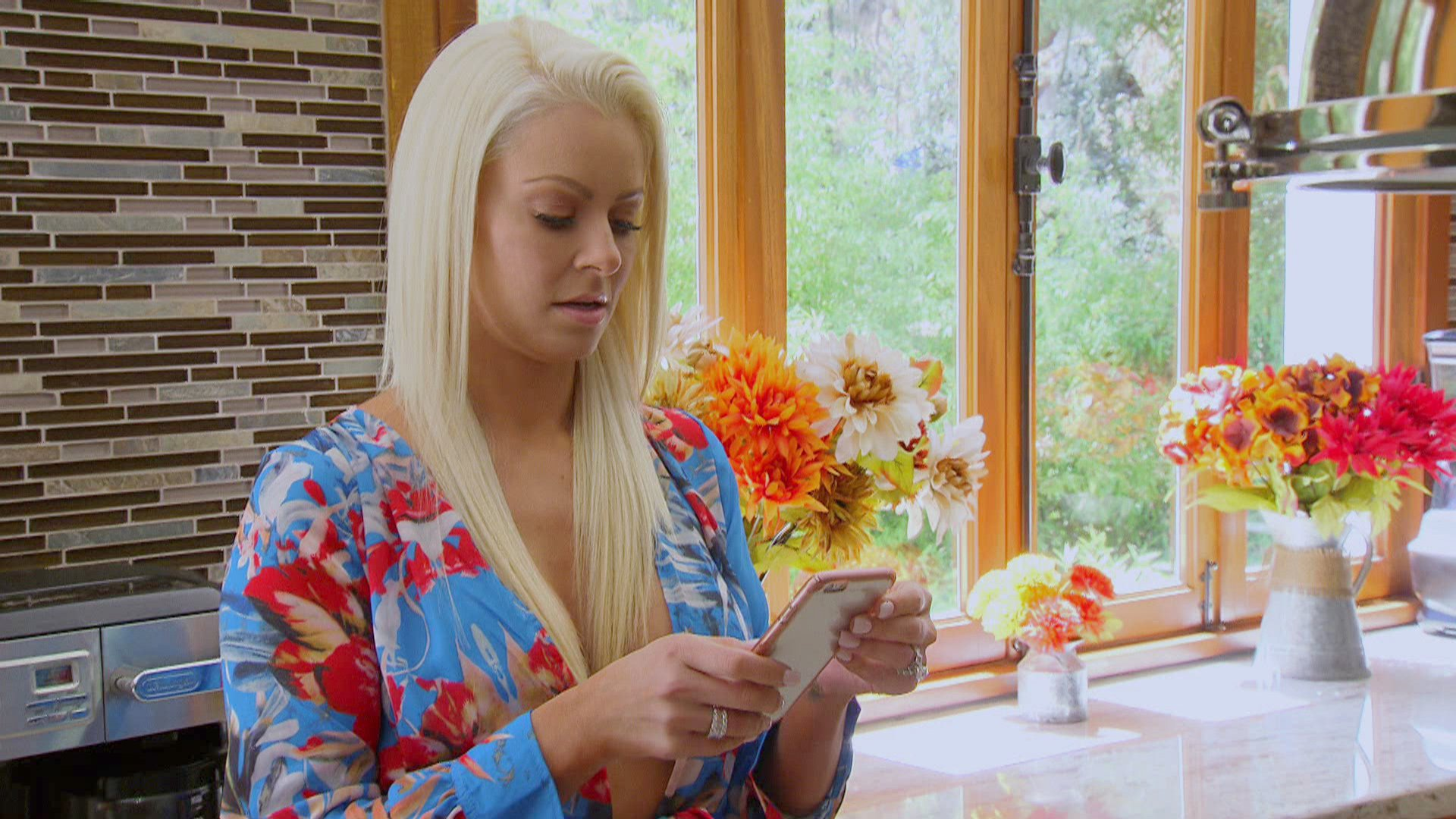 Maryse is mortified to learn she accidentally sent a private text to several people because she couldn't see who she was typing.