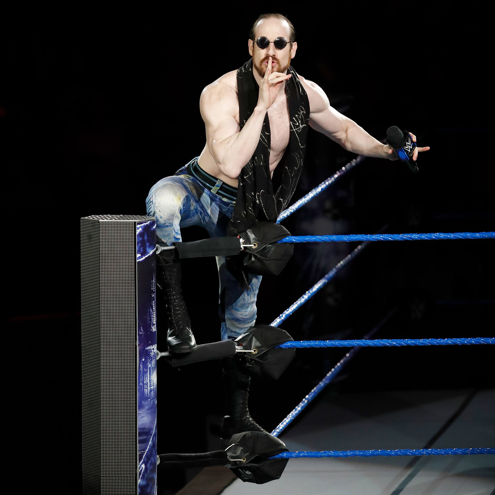 Aiden English croons for the WWE Universe on his way to the ring.