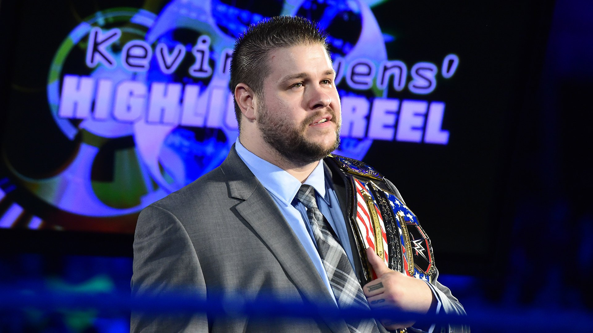 Kevin Owens kicks off SmackDown LIVE as the apparent new host of Chris Jericho's Highlight Reel.
