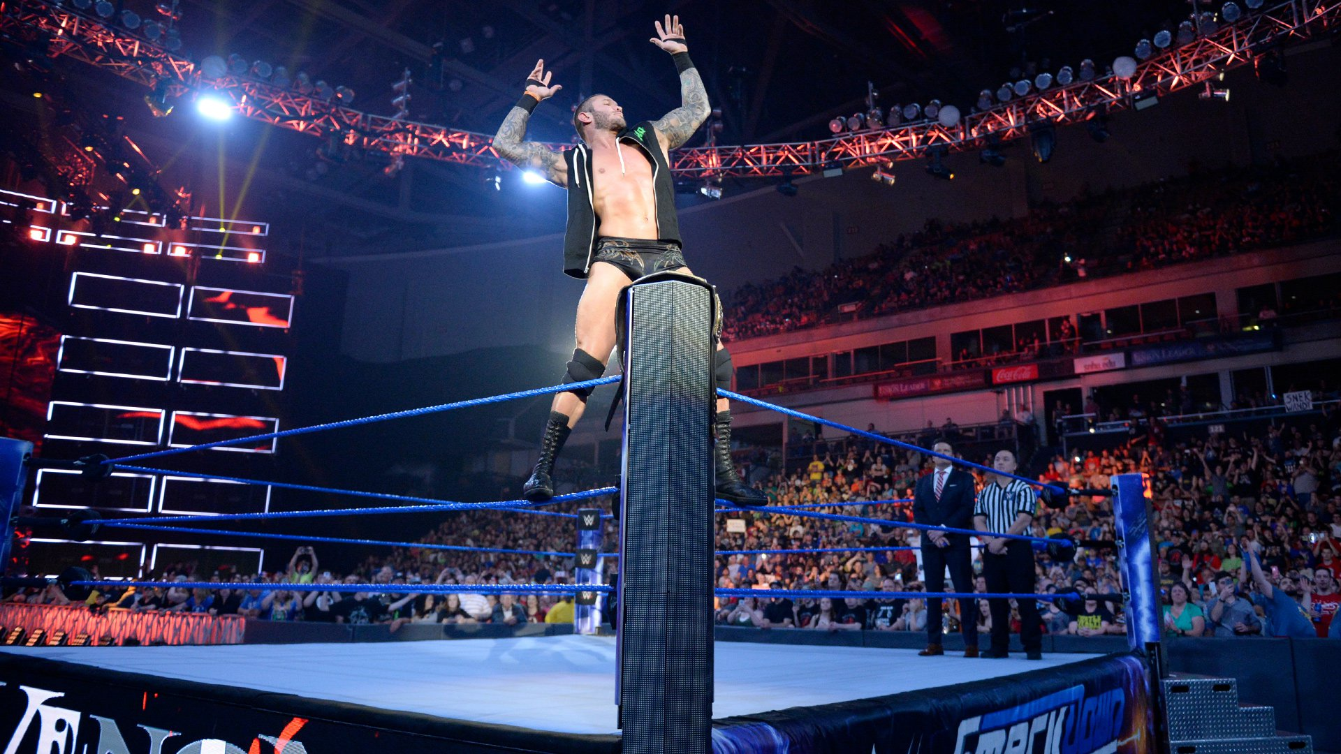 WWE Champion Randy Orton strikes his trademark pose prior to the start of his match against Baron Corbin.