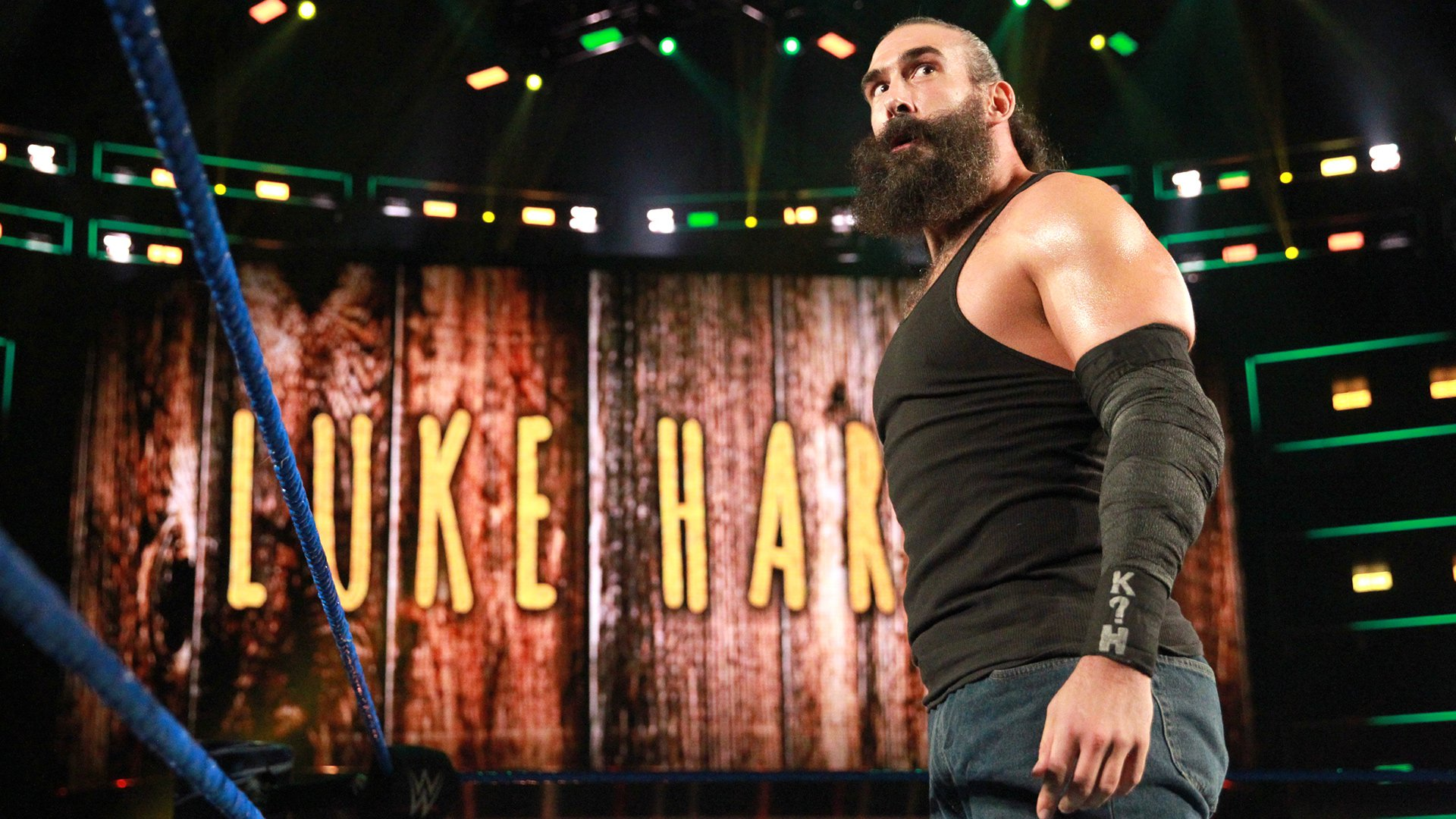 Luke Harper is ready for a fight at WWE Backlash.