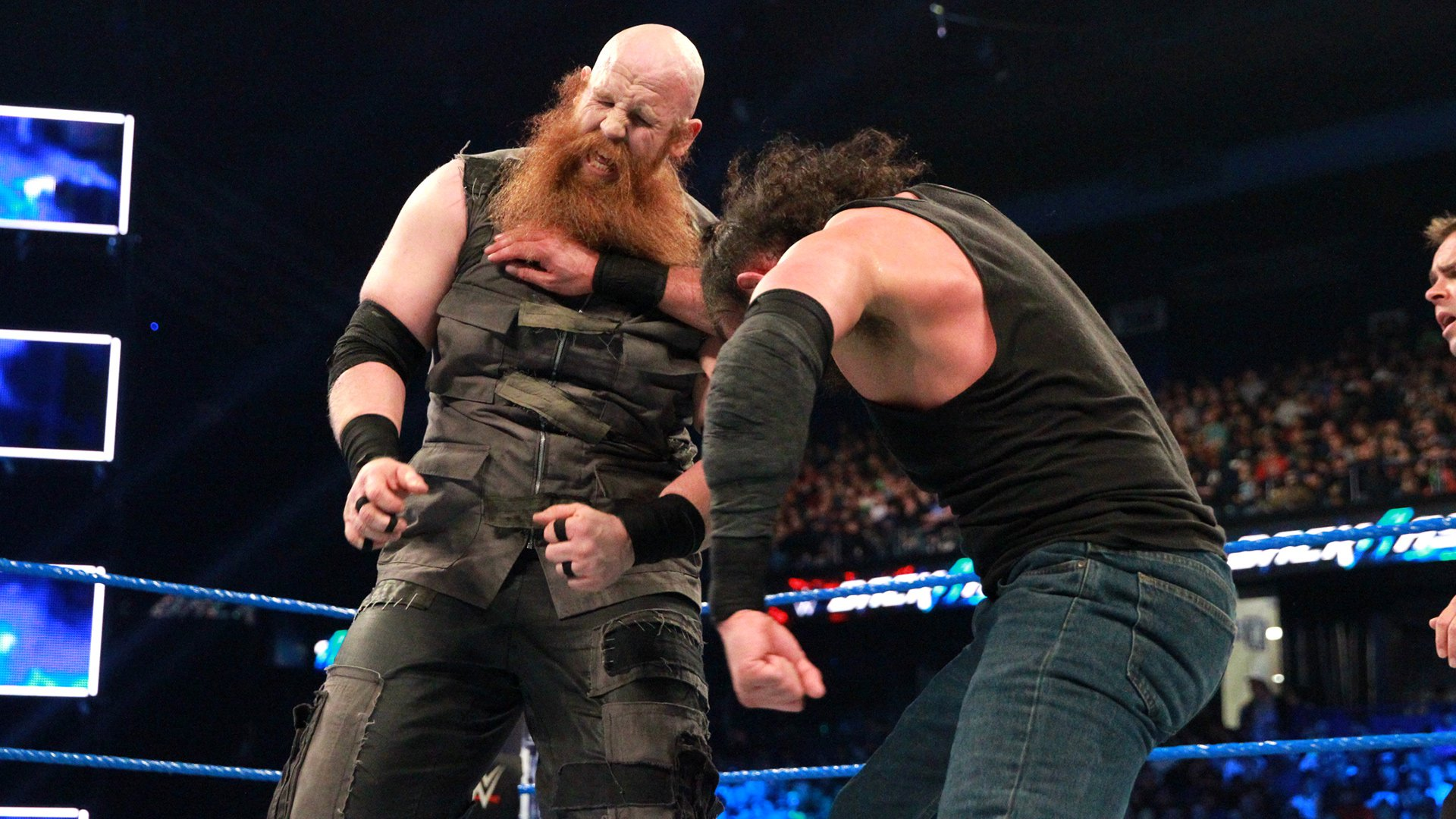 Both Harper and Rowan use their uncanny size and strength to their advantage.