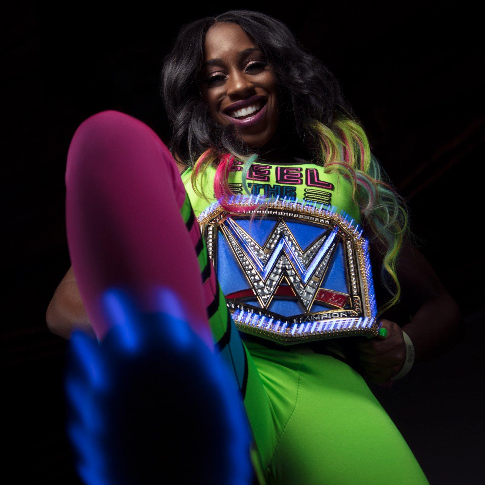 Naomi Model Sergei 2 Duo Forum: Naomi Shows Off The Glowing SmackDown Women's Championship
