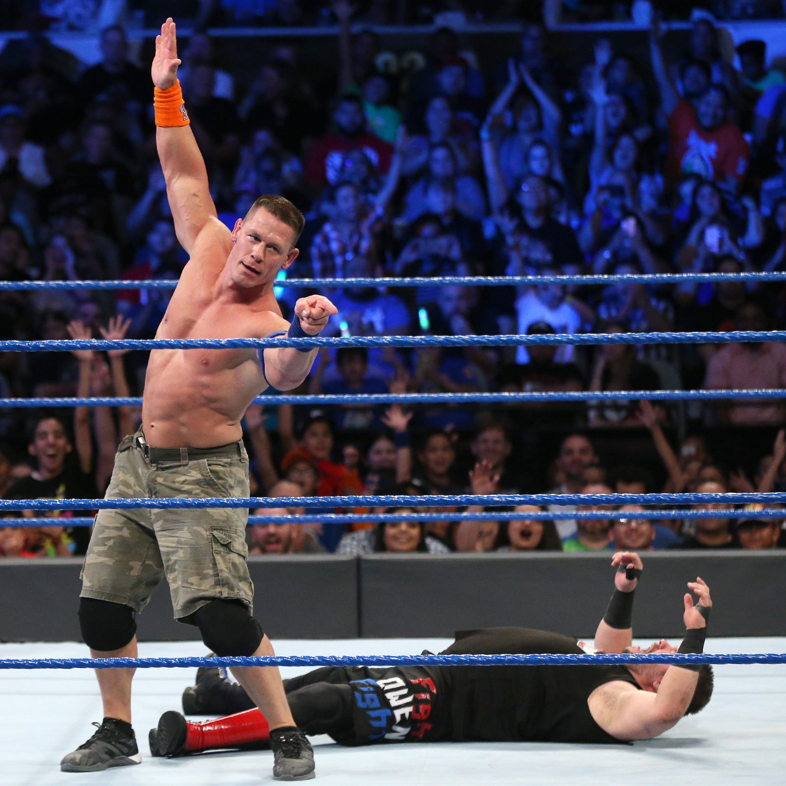 The Leader of the Cenation prepares to drop the Five Knuckle Shuffle.
