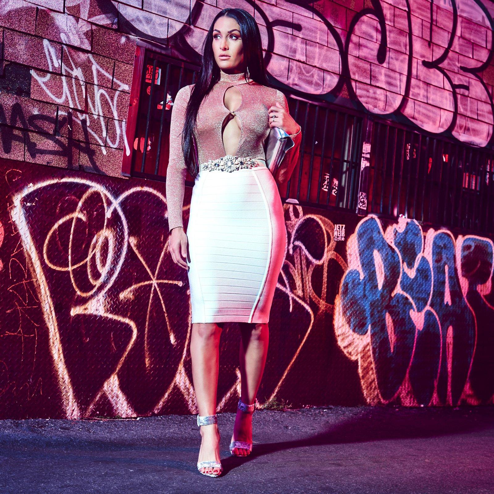 Nikki Bella Alexa Bliss And Naomi In New York City Nights