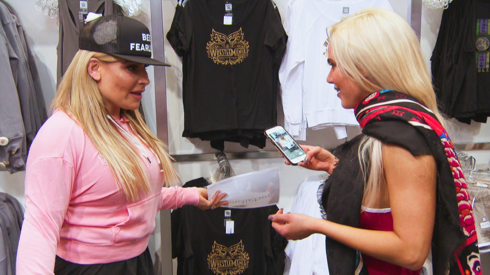 Total Divas - Season 8, Episode 1: photos