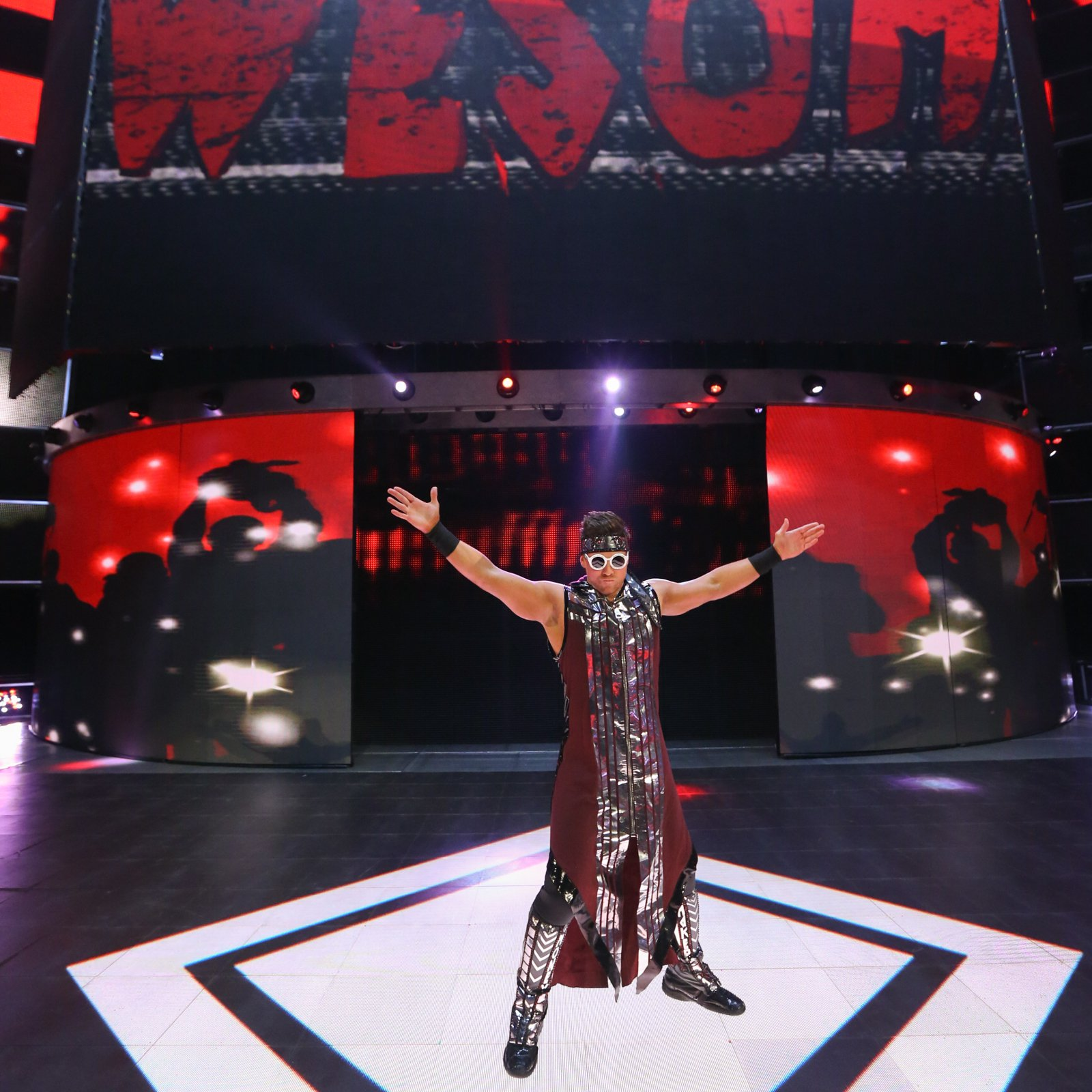 The Miz makes his way to the ring...