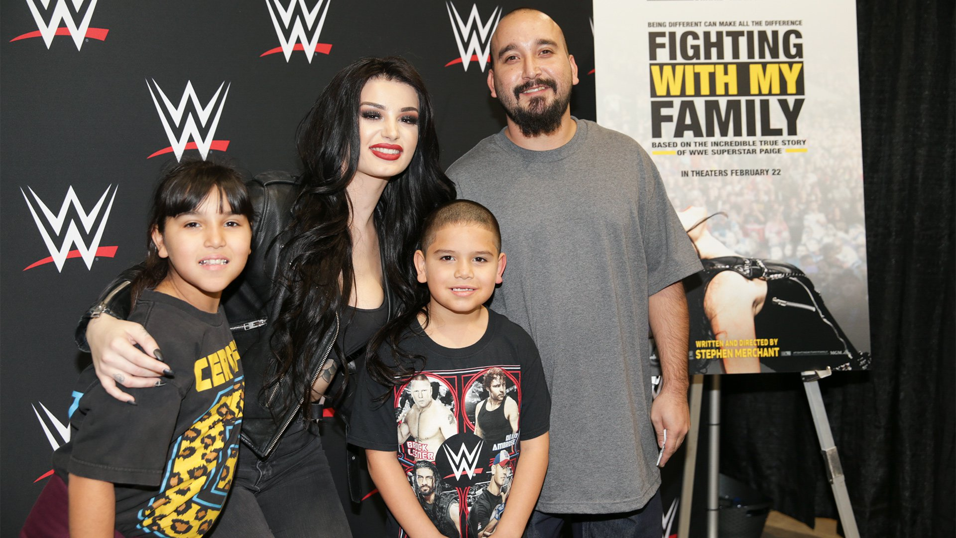 Paige meets fans during Royal Rumble Axxess 2019: photos
