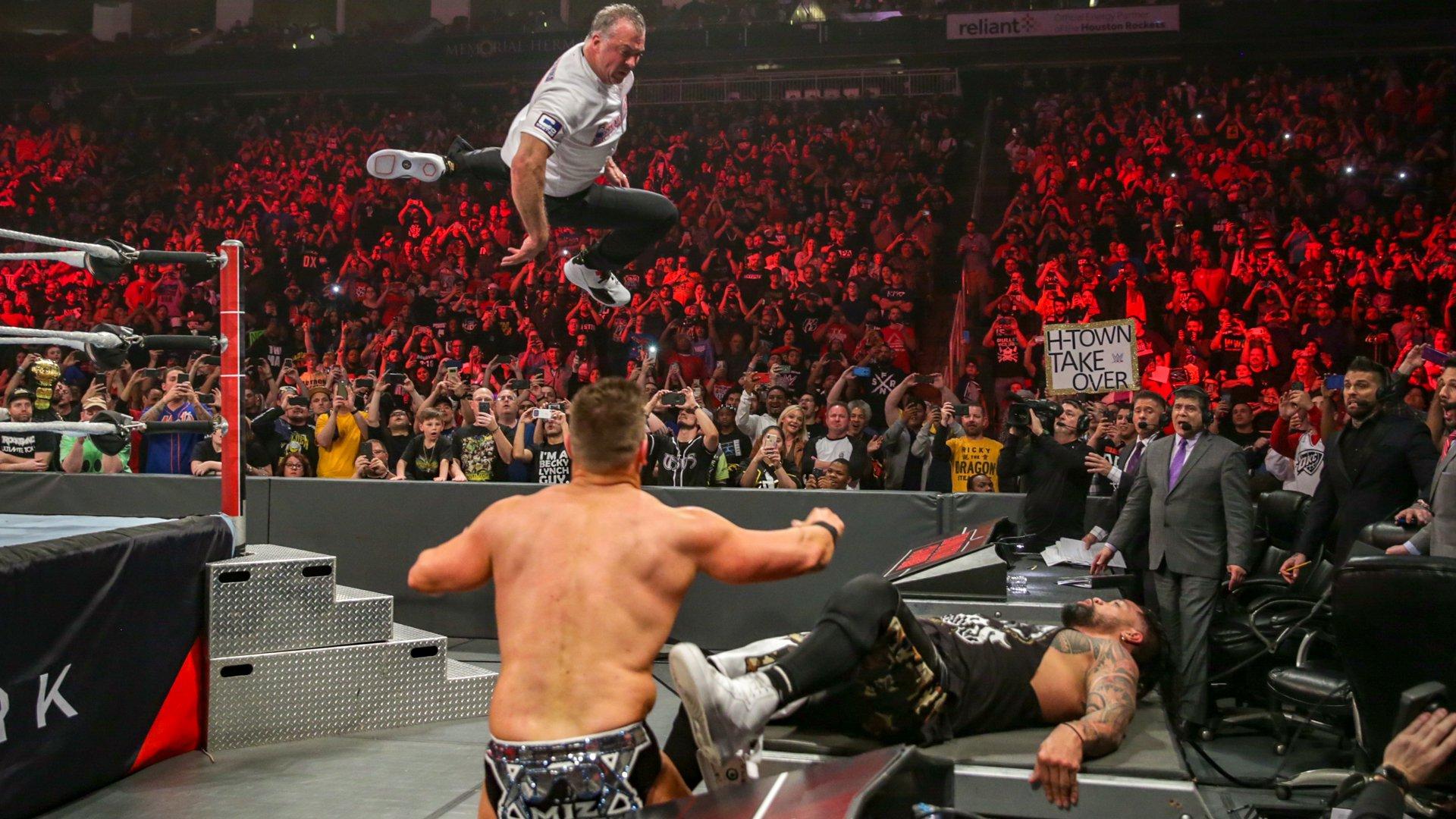 The Miz & Shane McMahon vs. Usos - Championnat pour les Titres par Équipes de SmackDown: photos