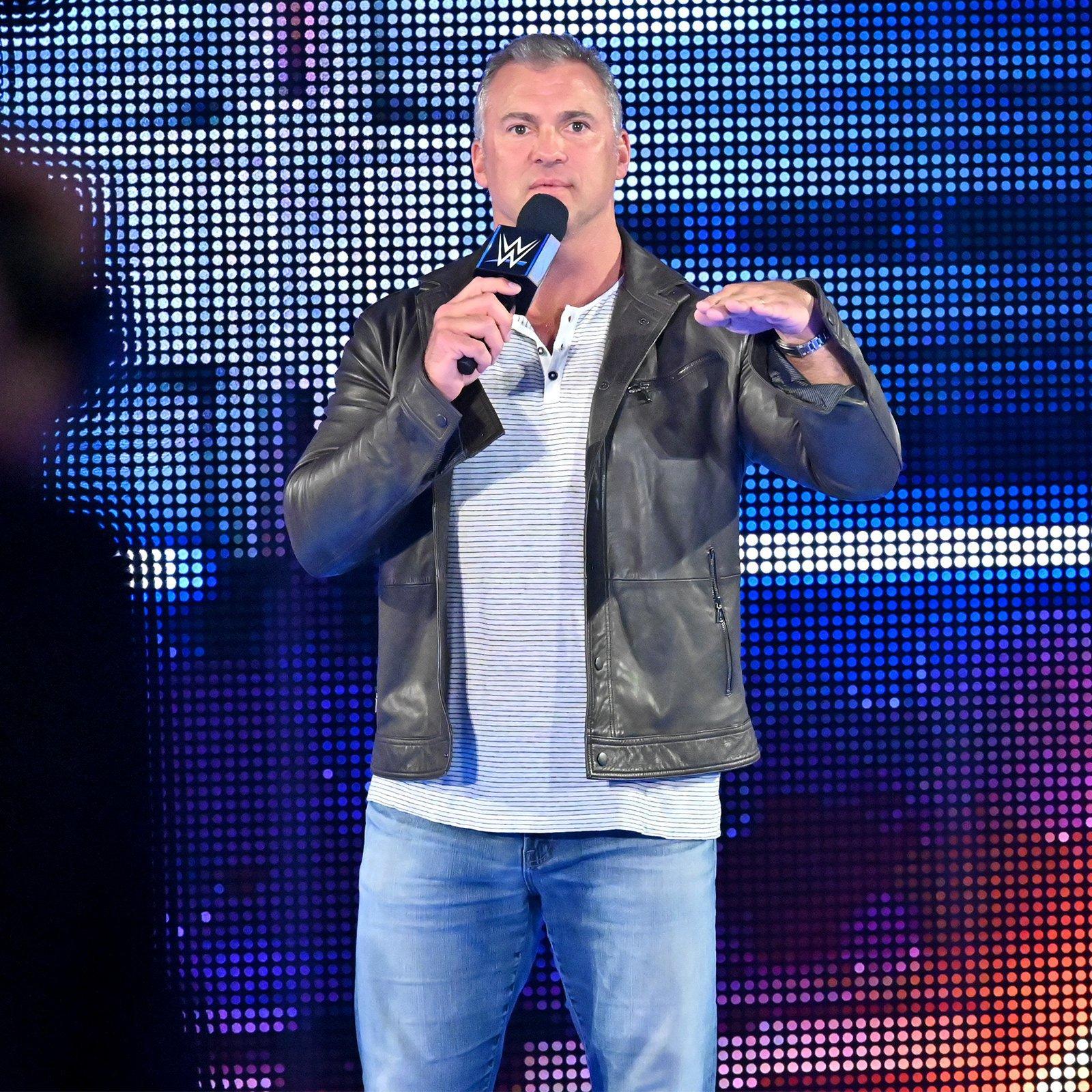 McMahon demands that Owens' microphone be cut.