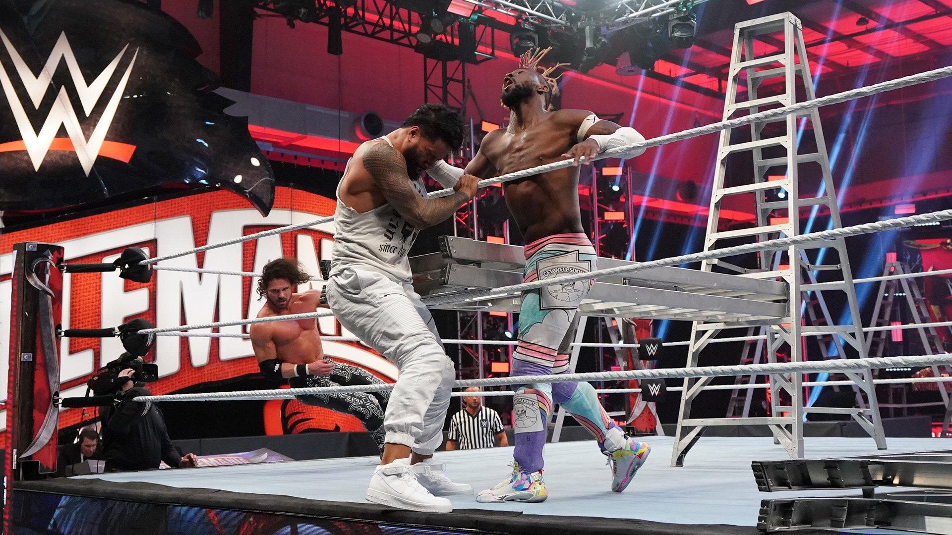 John Morrison derrota Jimmy Uso e Kofi Kingston e segue como SmackDown Tag Team Champion